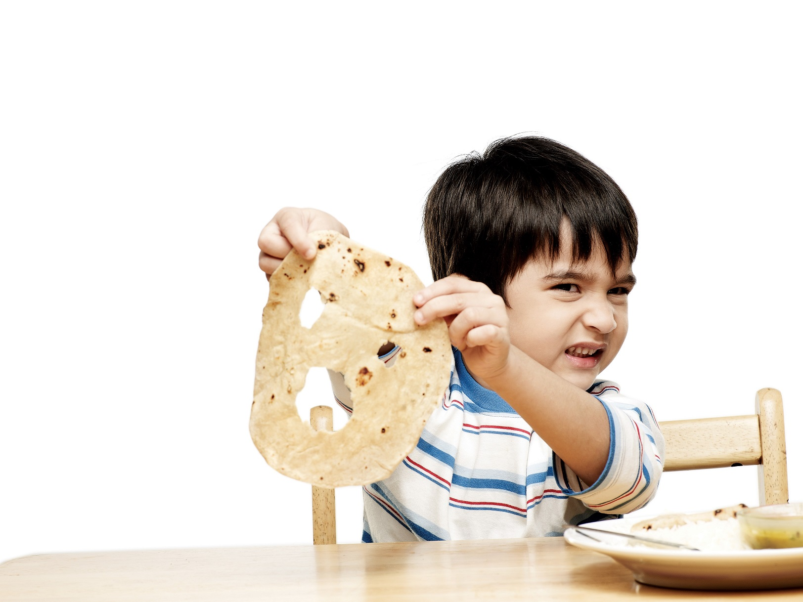 What and How much should be fed to toddlers?